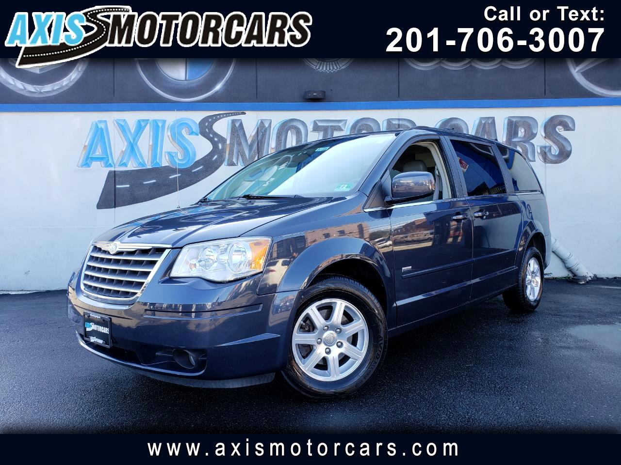 2008 Chrysler Town & Country TOURING  w/Rear Entertainment System Navigation