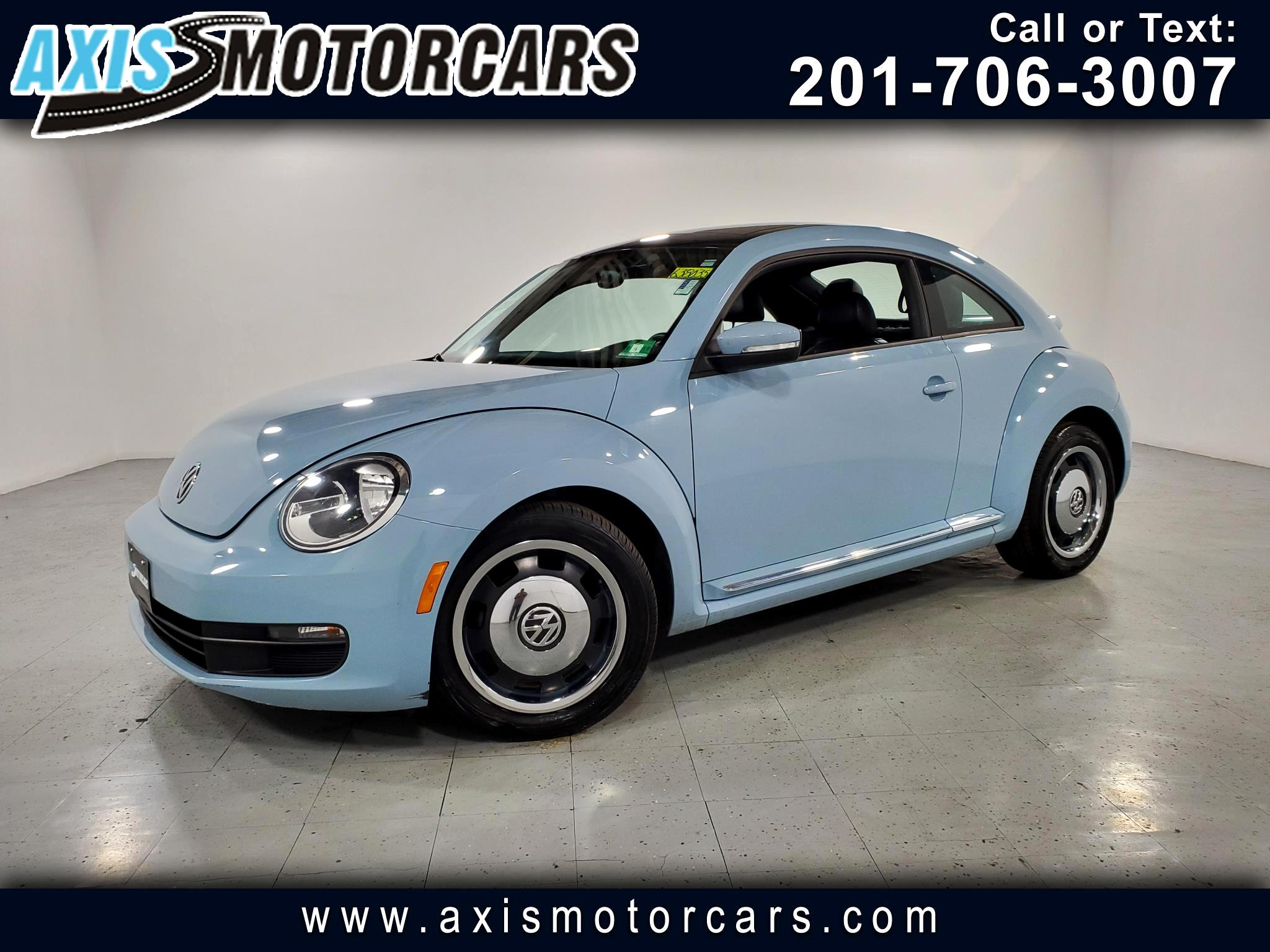 2012 Volkswagen Beetle 2dr Cpe w/Sunroof Leather