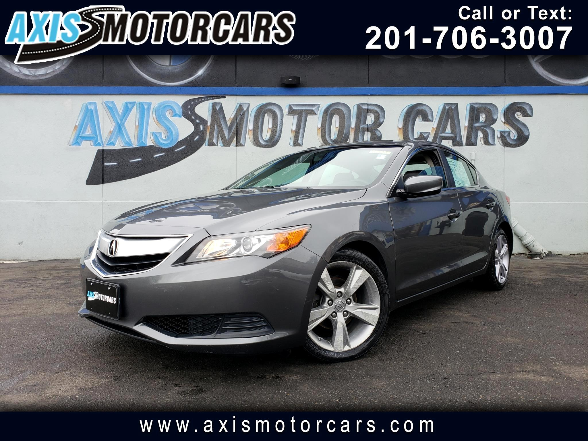 2014 Acura ILX 4dr w/Sun Roof Bakup Camera