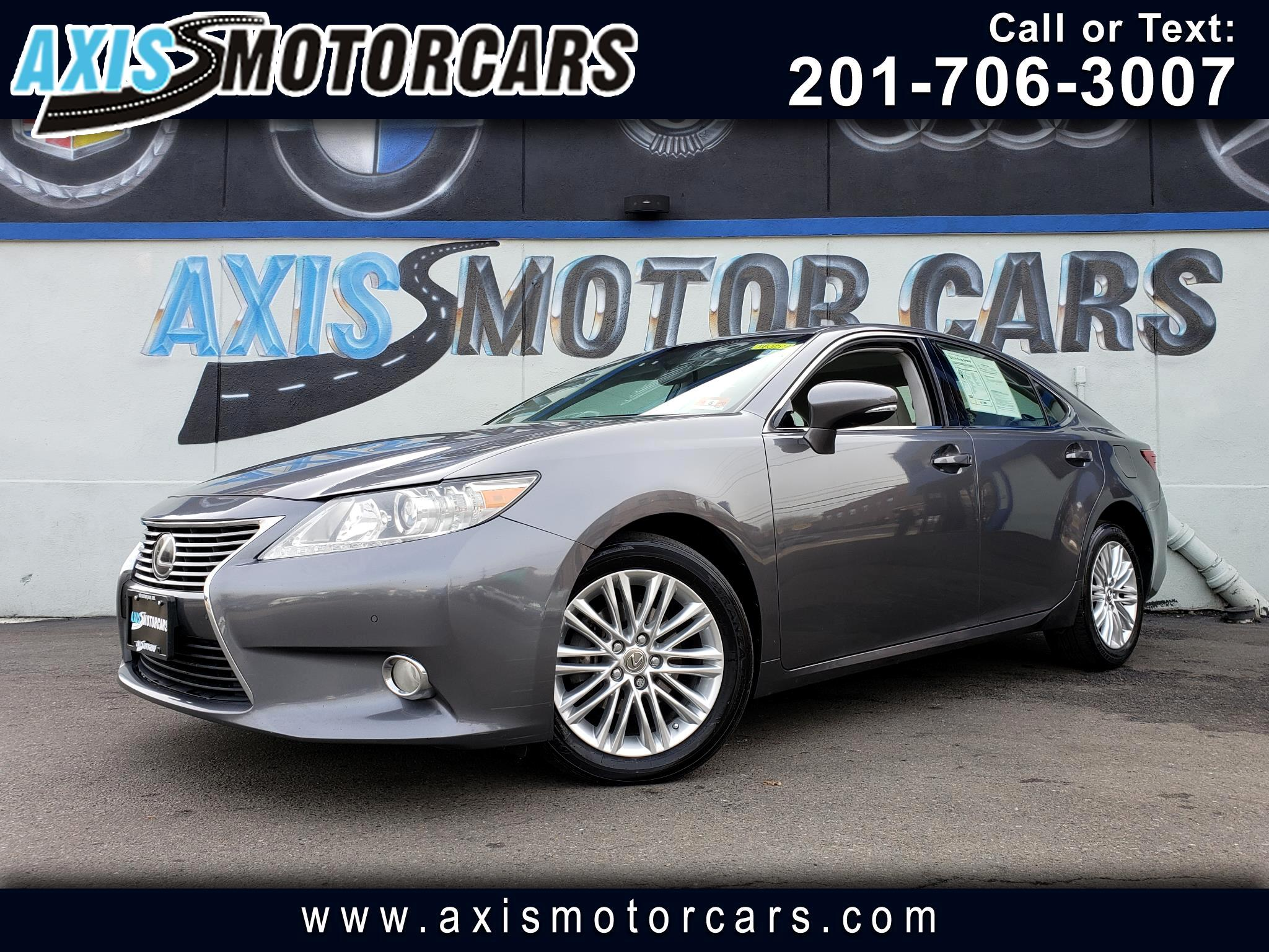 2013 Lexus ES 350 W/Navigation Bakup Camera Sun Roof