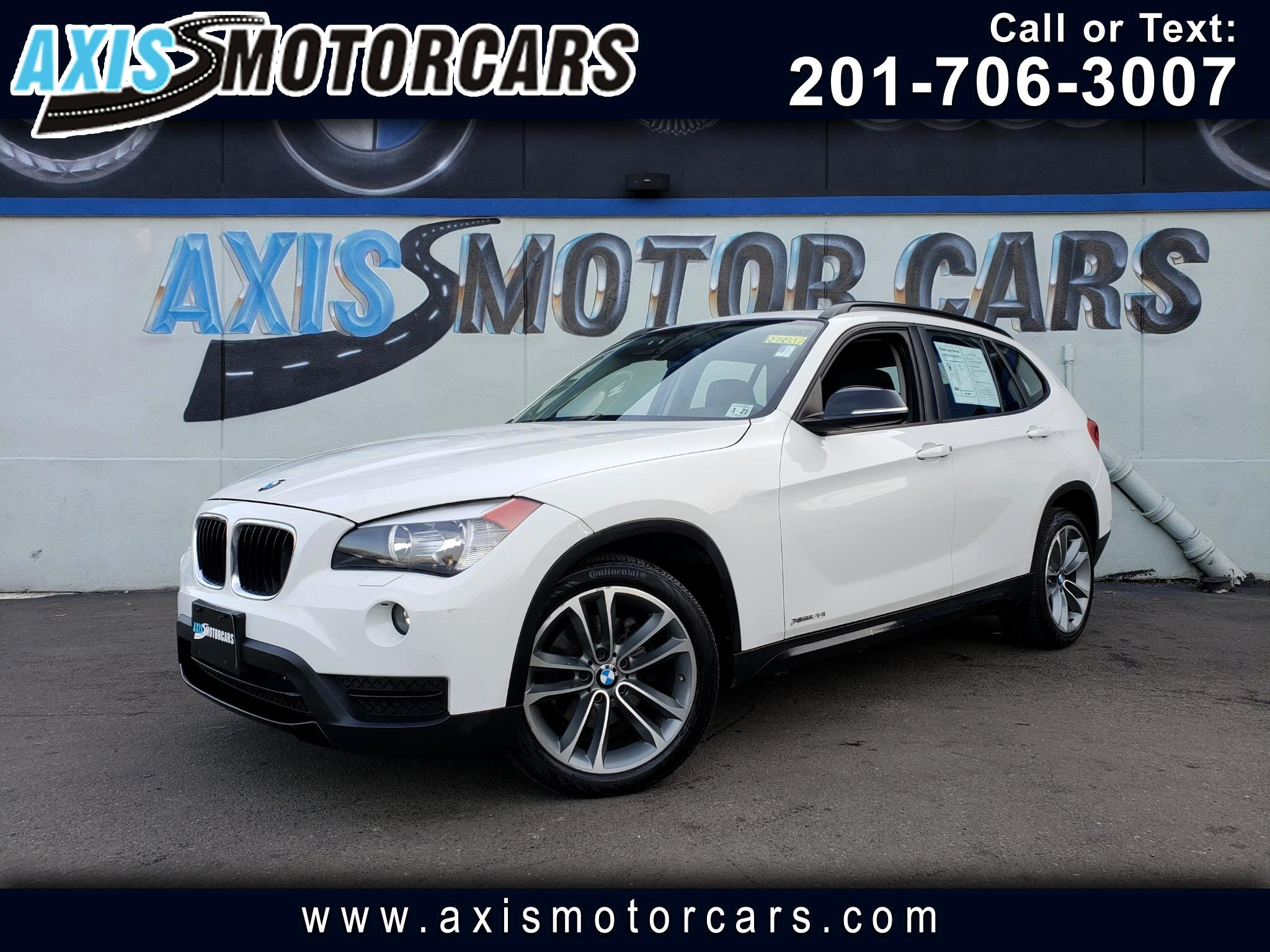 2013 BMW X1 xDrive28i w/Navigation Panoramic Roof