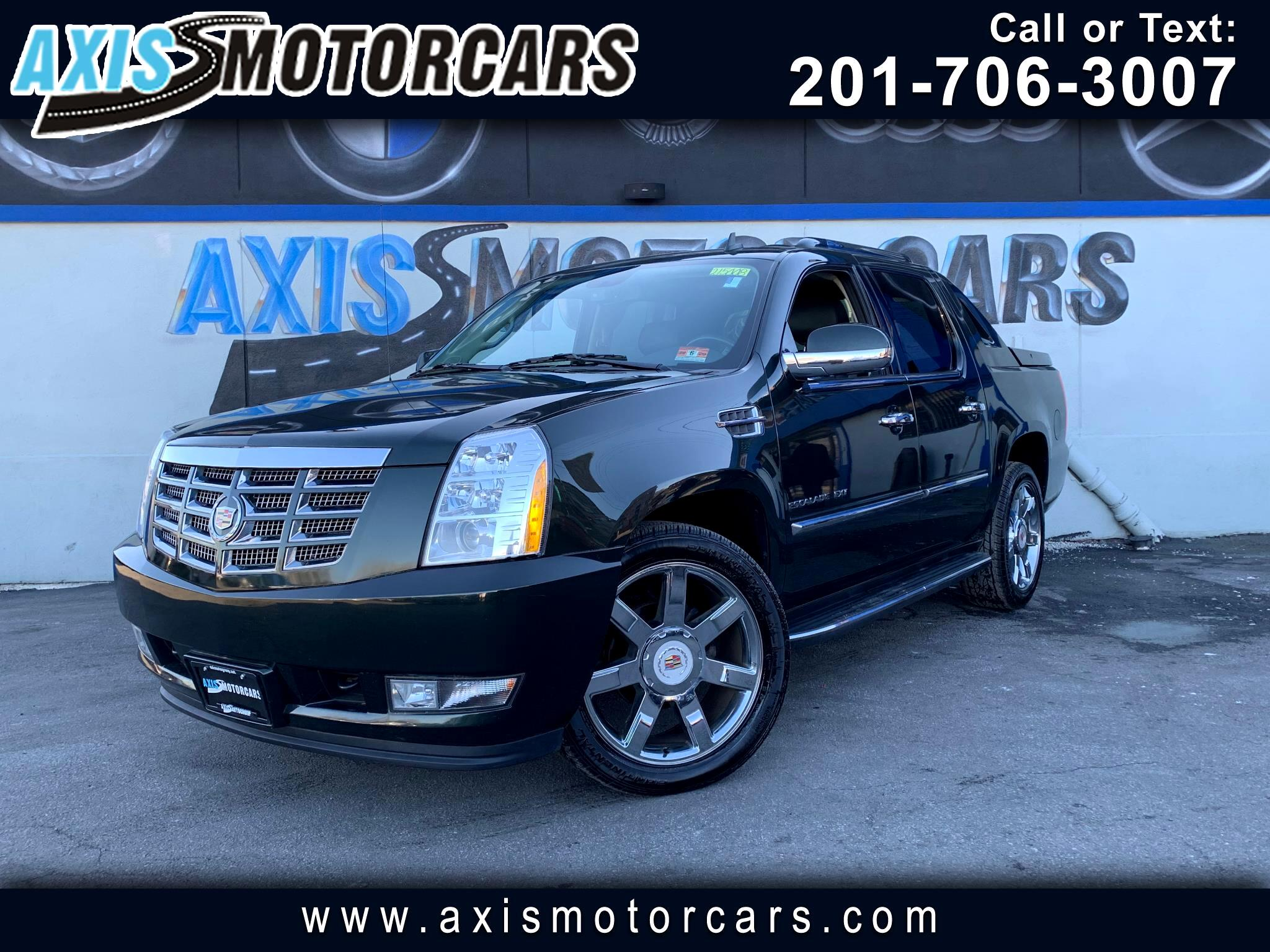 2013 Cadillac Escalade EXT Luxury w/Rear Entertainment System Navigation