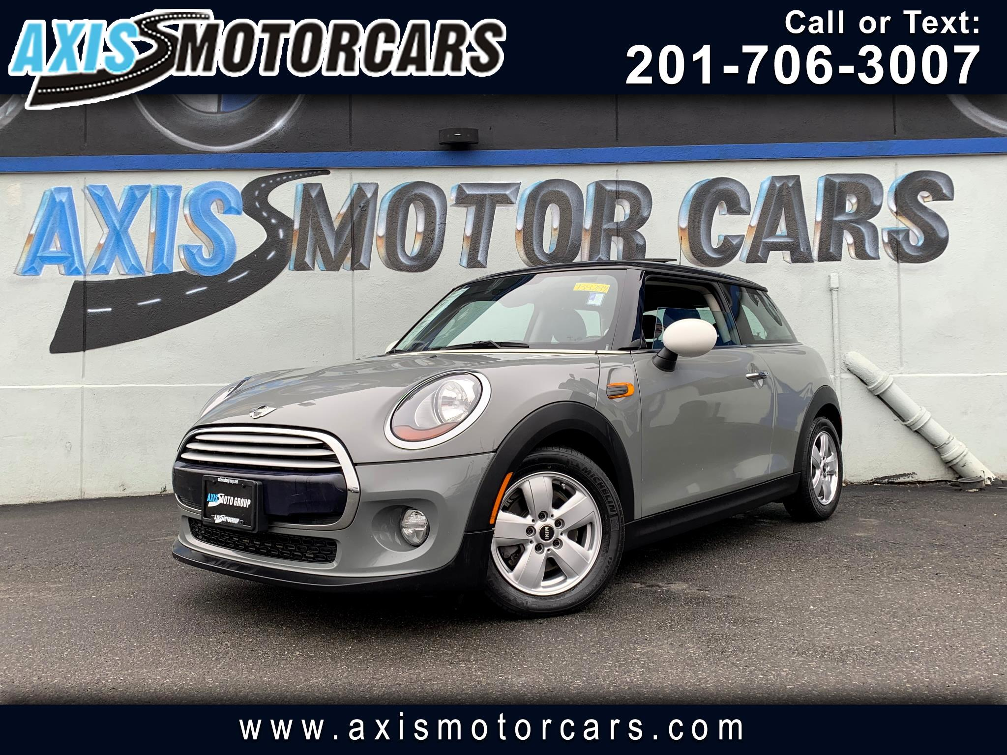2015 MINI Cooper Hatchback w/Harman Kardon Sound System