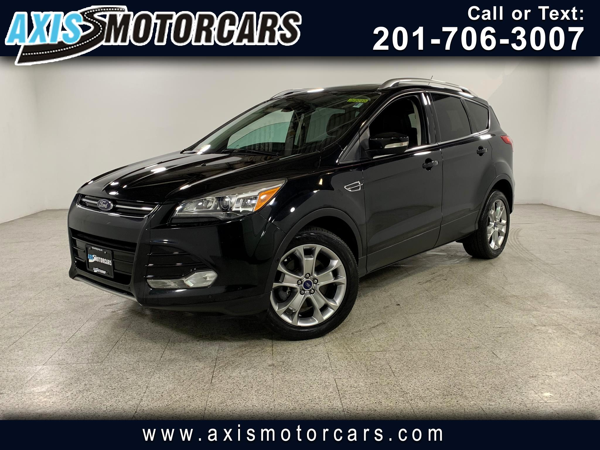 2014 Ford Escape Titanium w/Panoramic Roof Navigation Bakup Camera
