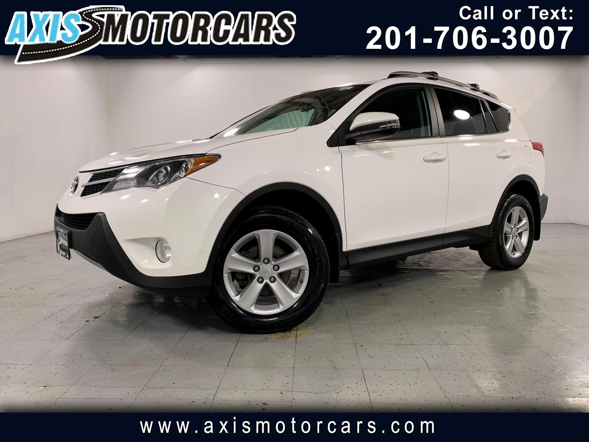 2013 Toyota RAV4 XLE w/Backup Camera