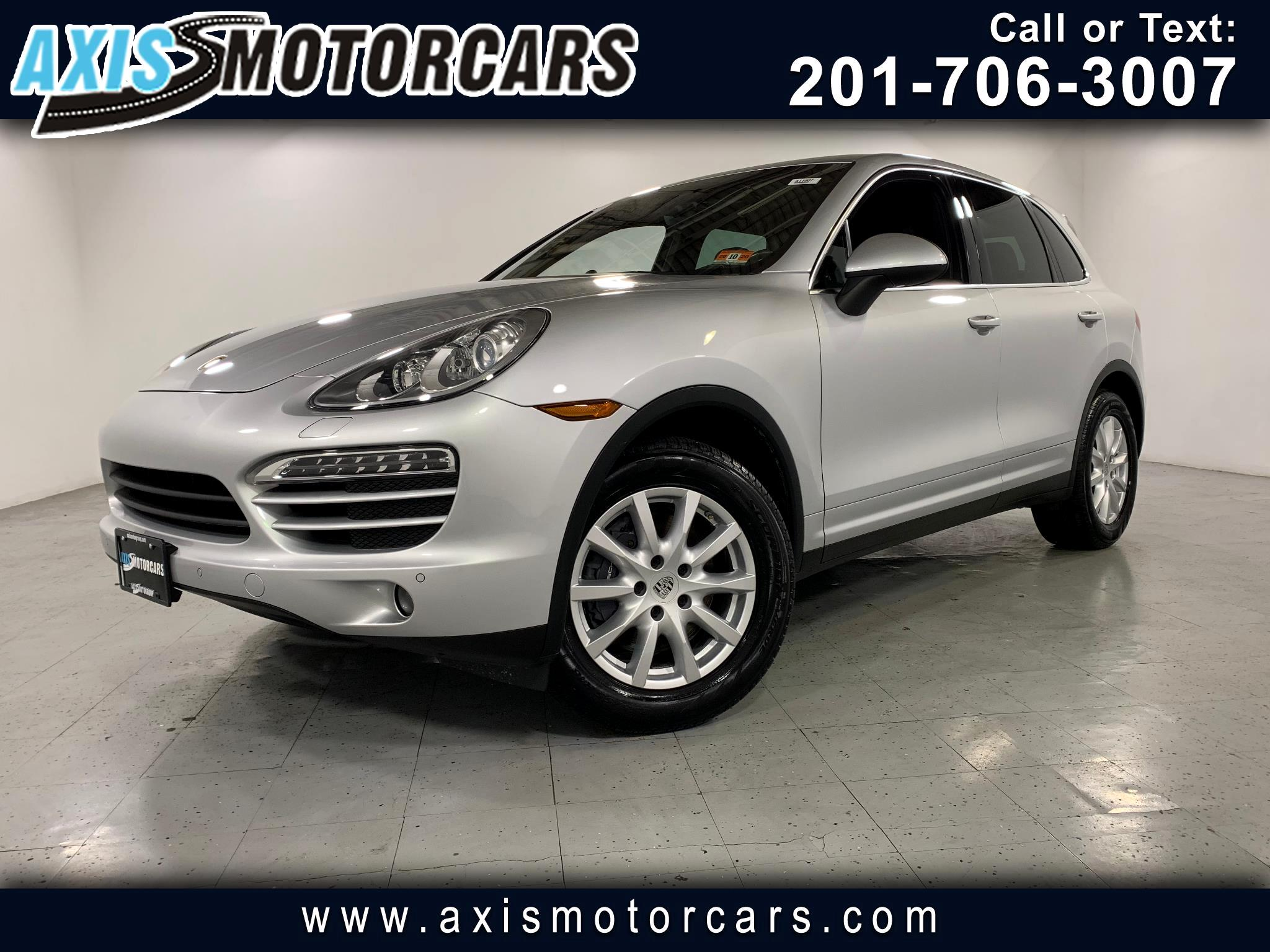 2012 Porsche Cayenne w/Panoramic Roof Navigation Backup Camera