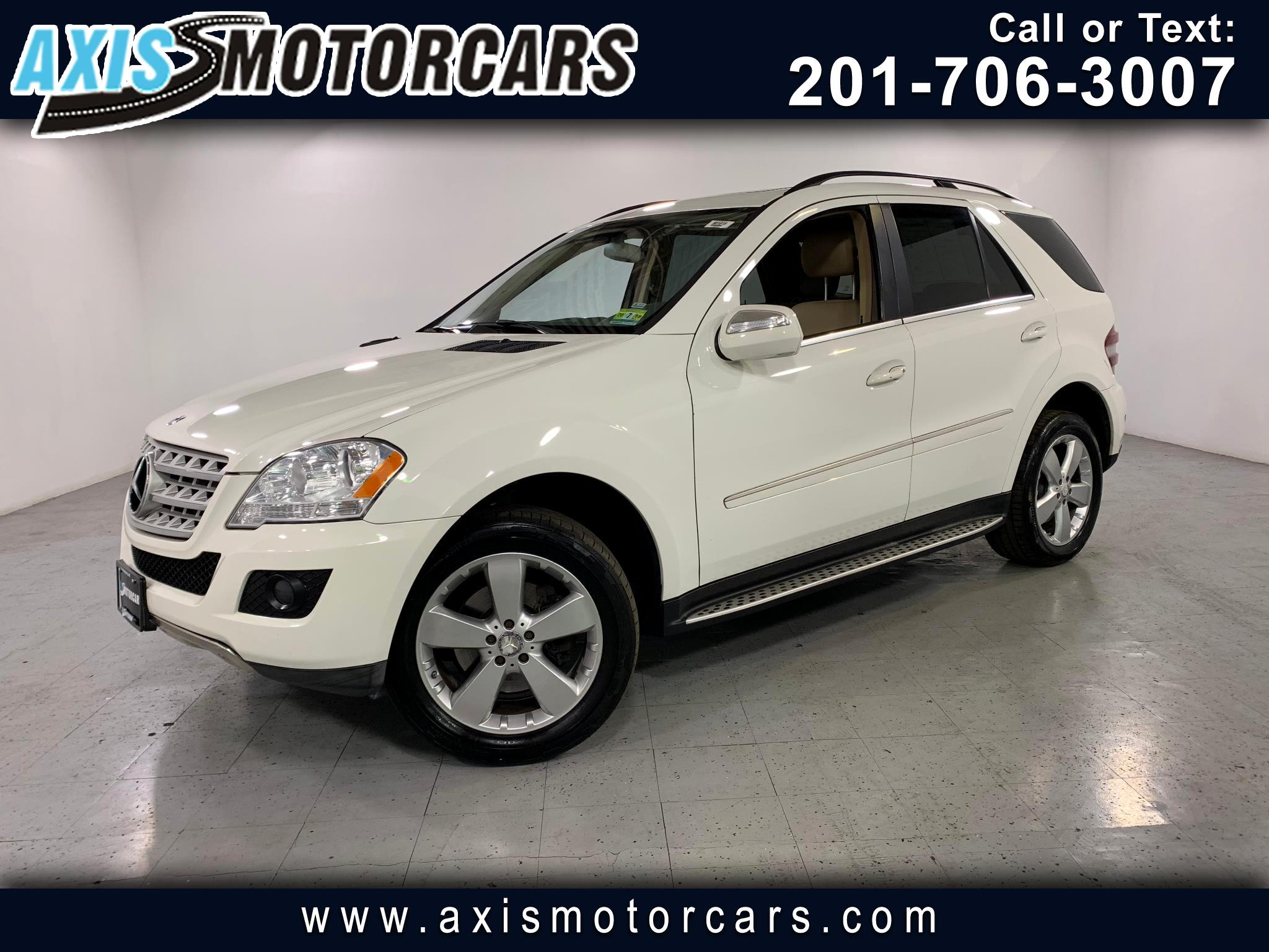 2010 Mercedes-Benz ML350 w/Sunroof Navigation Backup Camera