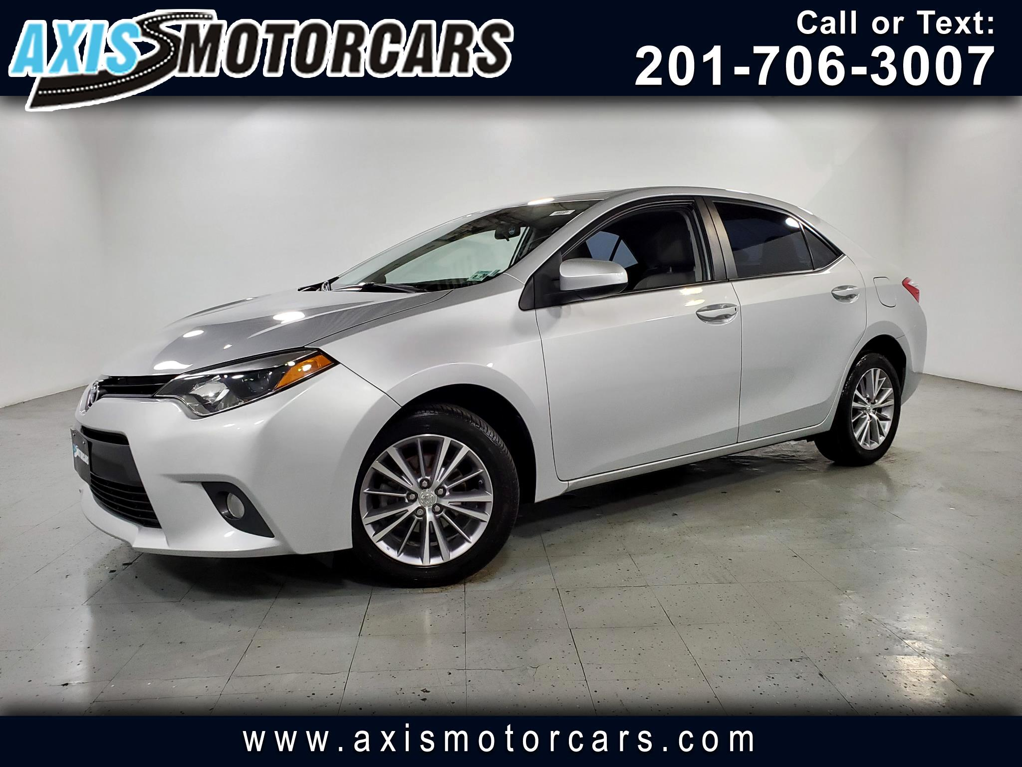 2015 Toyota Corolla w/Sunroof Backup Camera