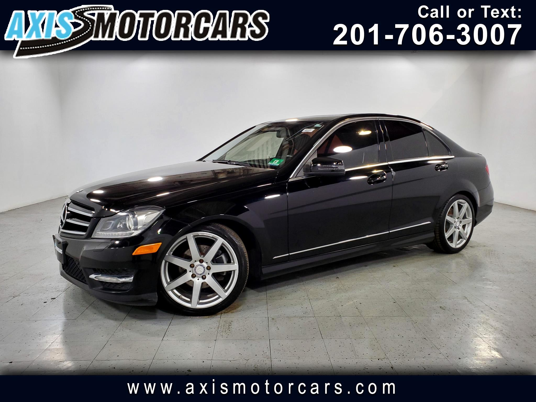 2012 Mercedes-Benz C300 w/Navigation Backup Camera Sunroof