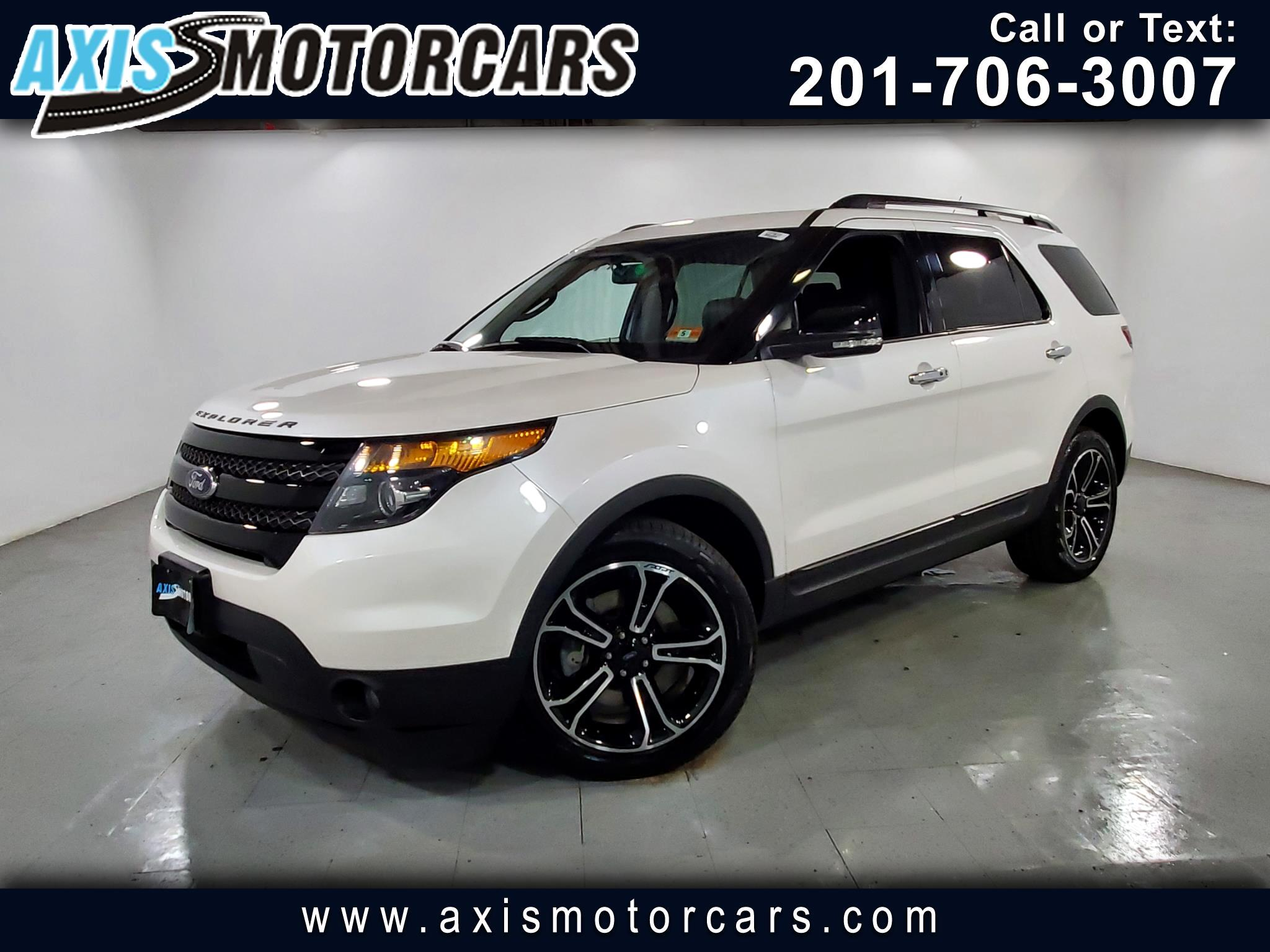 2013 Ford Explorer Sport w/Navigation Backup Camera