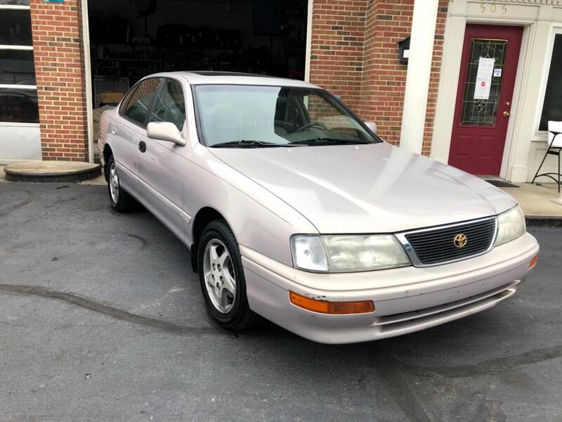 Toyota Avalon XL 1997
