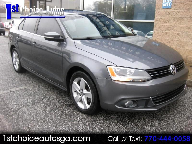 2011 Volkswagen Jetta Sedan 4dr Manual TDI w/Nav