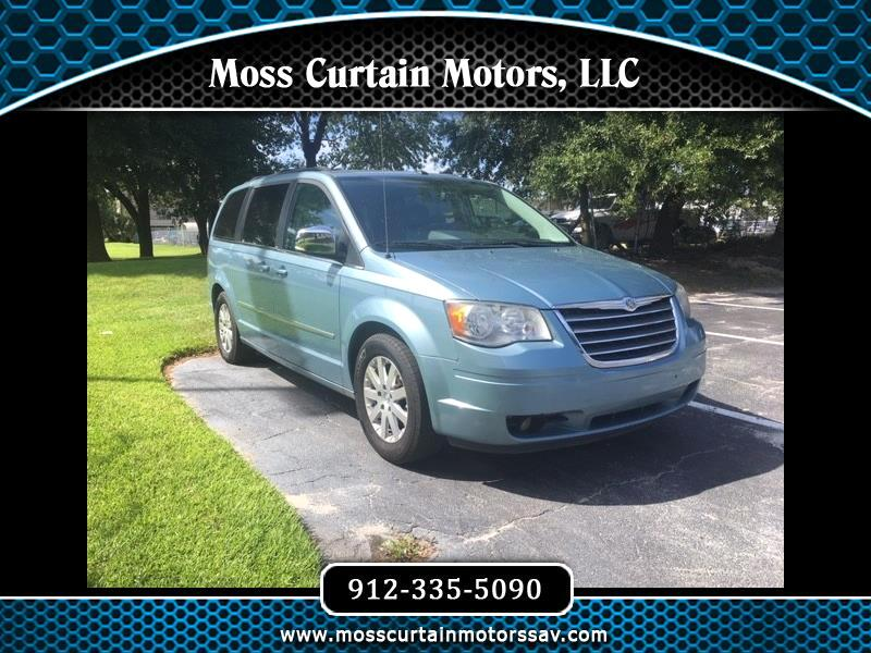 2010 Chrysler Town & Country Touring Plus