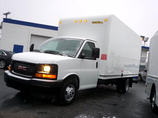 2017 GMC Savana G3500 177 in.