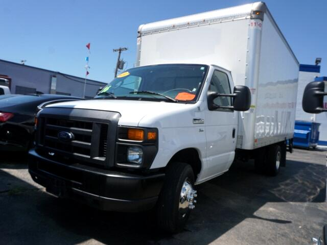 Ford Econoline E-350 Super Duty 2016