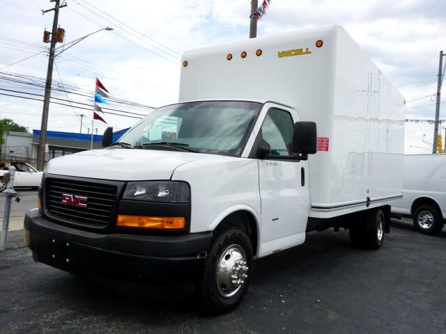 GMC Savana G3500 177 in. 2018