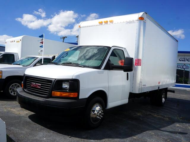 GMC Savana G3500 177 in. 2017