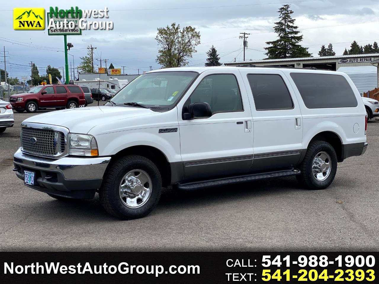 "Ford Excursion 137"" WB XLT 2001"