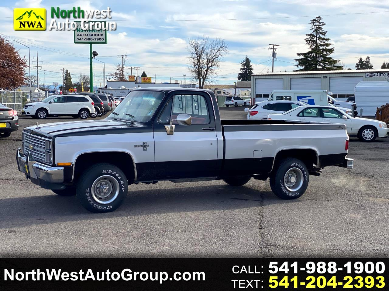 "Chevrolet Pickup K10 Fleetside 117.5"" WB 1984"