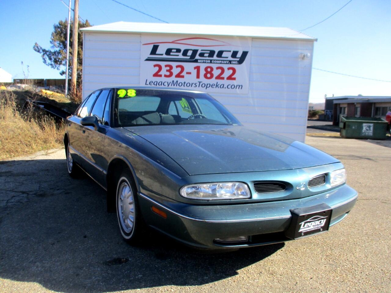 1998 Oldsmobile 88 4dr Sdn LS