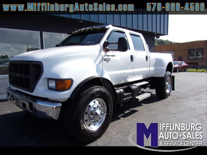 2000 Ford F-650 Crew Cab DRW 2WD/RWD - NO CDL REQUIRED -