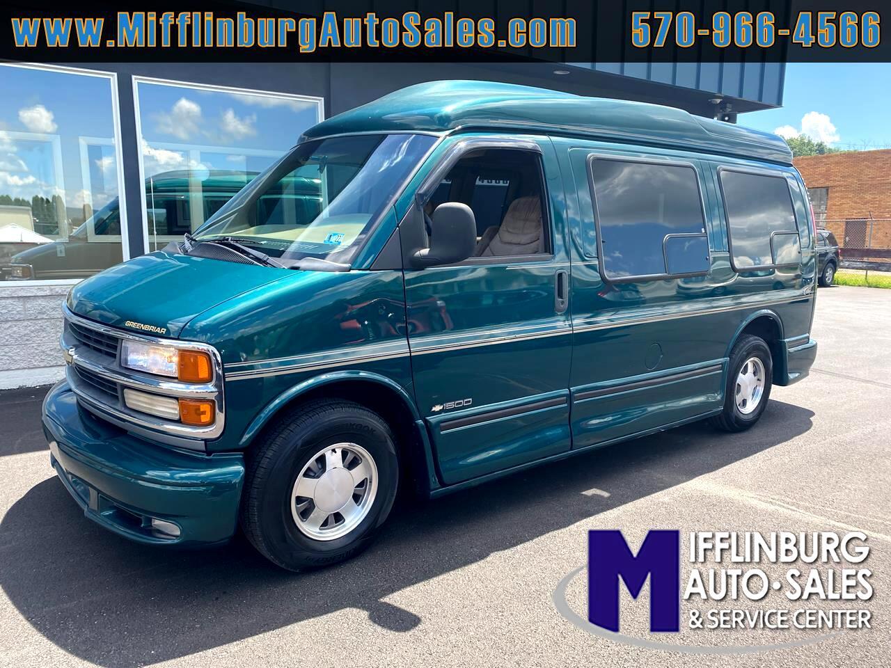 "Chevrolet Express Cargo Van 1500 135"" WB w/YF7 2000"