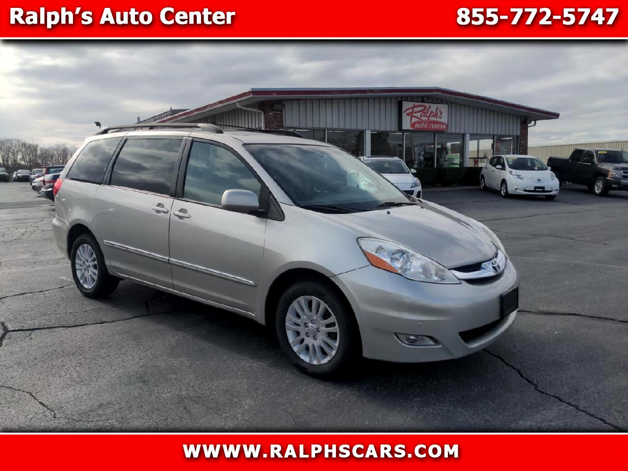 Toyota Sienna 5dr 7-Pass Van Ltd AWD (Natl) 2010
