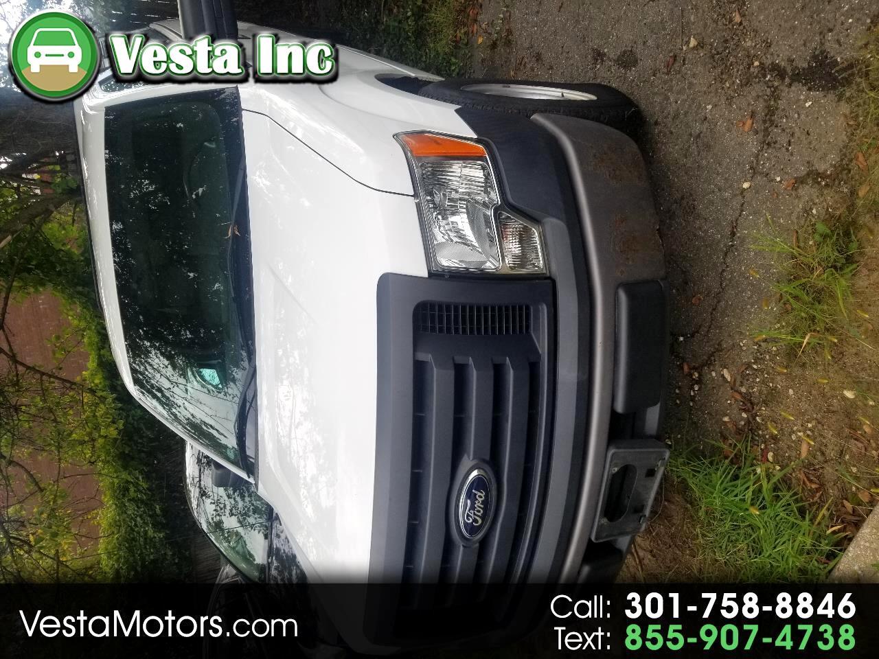 """Ford F-150 2WD Reg Cab 145"""" XLT 2012"""
