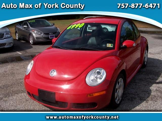 2010 Volkswagen New Beetle 2dr Cpe GLS Auto