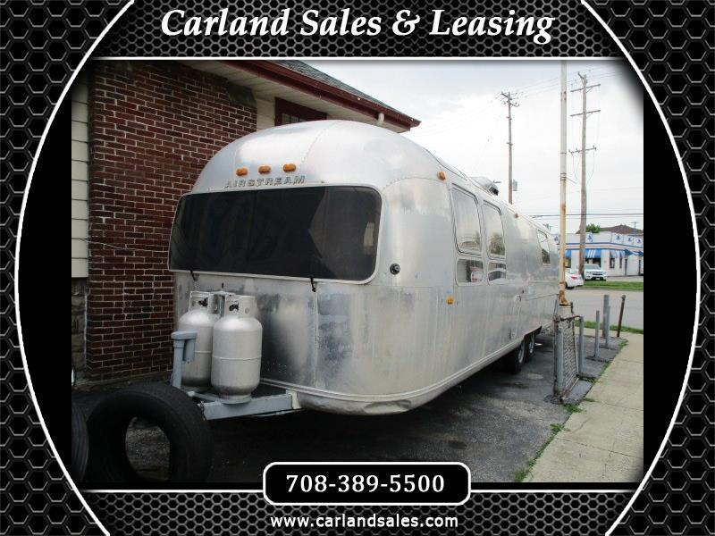 1970 Airstream Land Yacht