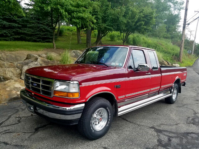 1992 Ford F-150 XLT 4WD SuperCab 8' Box