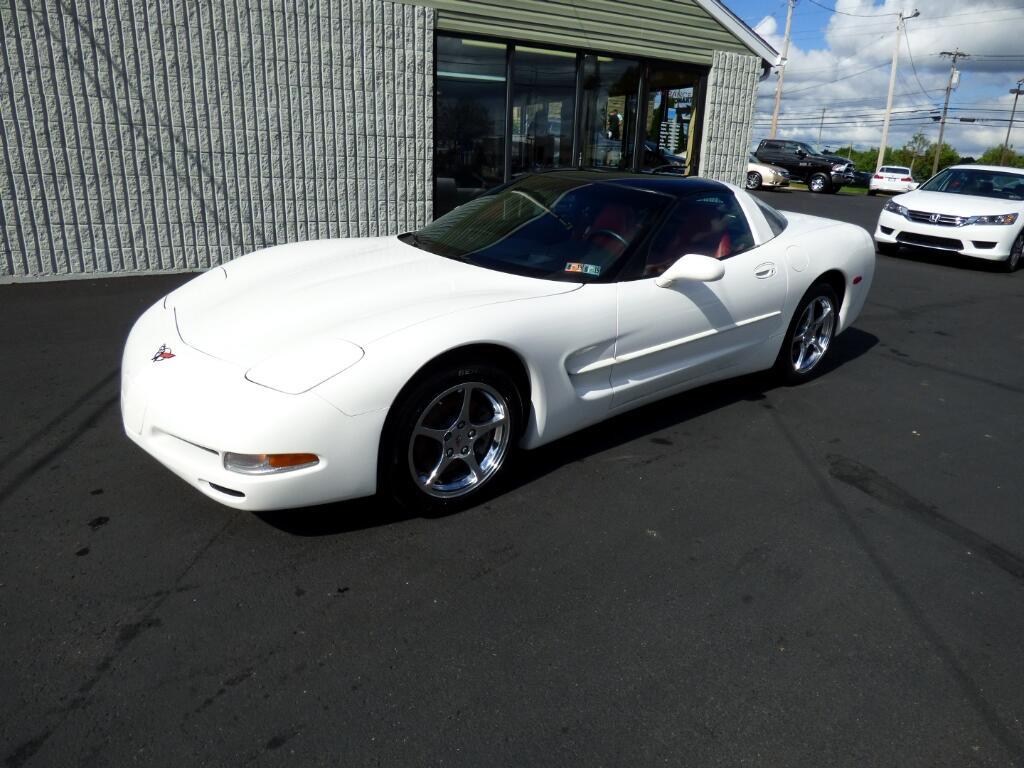 2002 Chevrolet Corvette 2dr Cpe