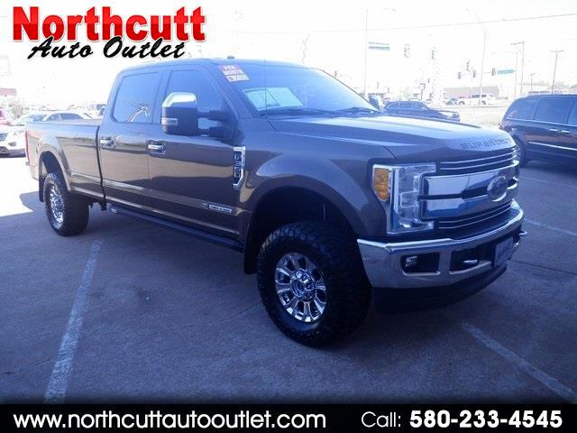 2017 Ford Super Duty F-350 SRW Platinum 4WD Crew Cab 8' Box