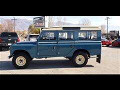 1975 Land Rover 109 Series