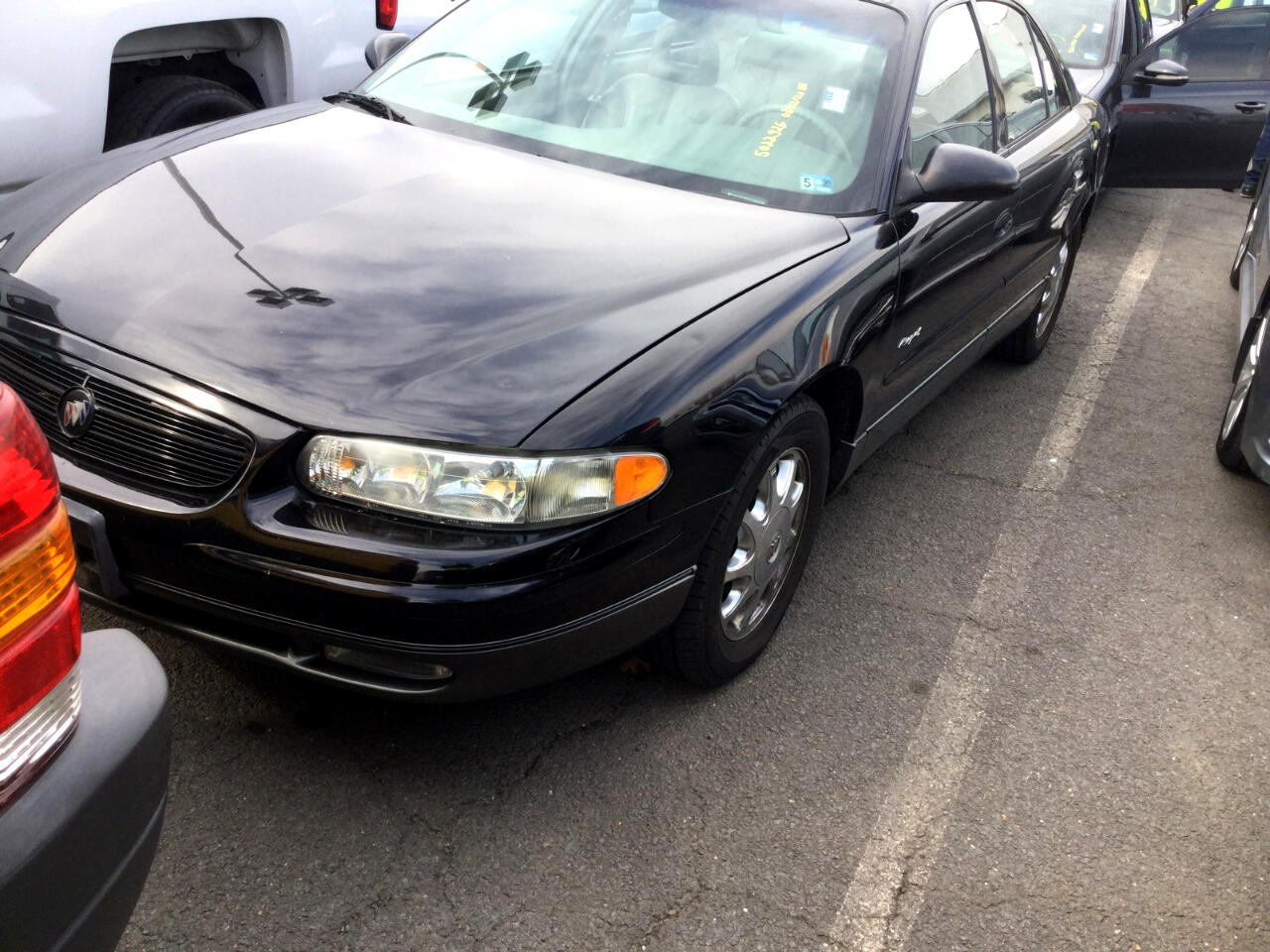 Buick Regal 4dr Sdn GS 2000