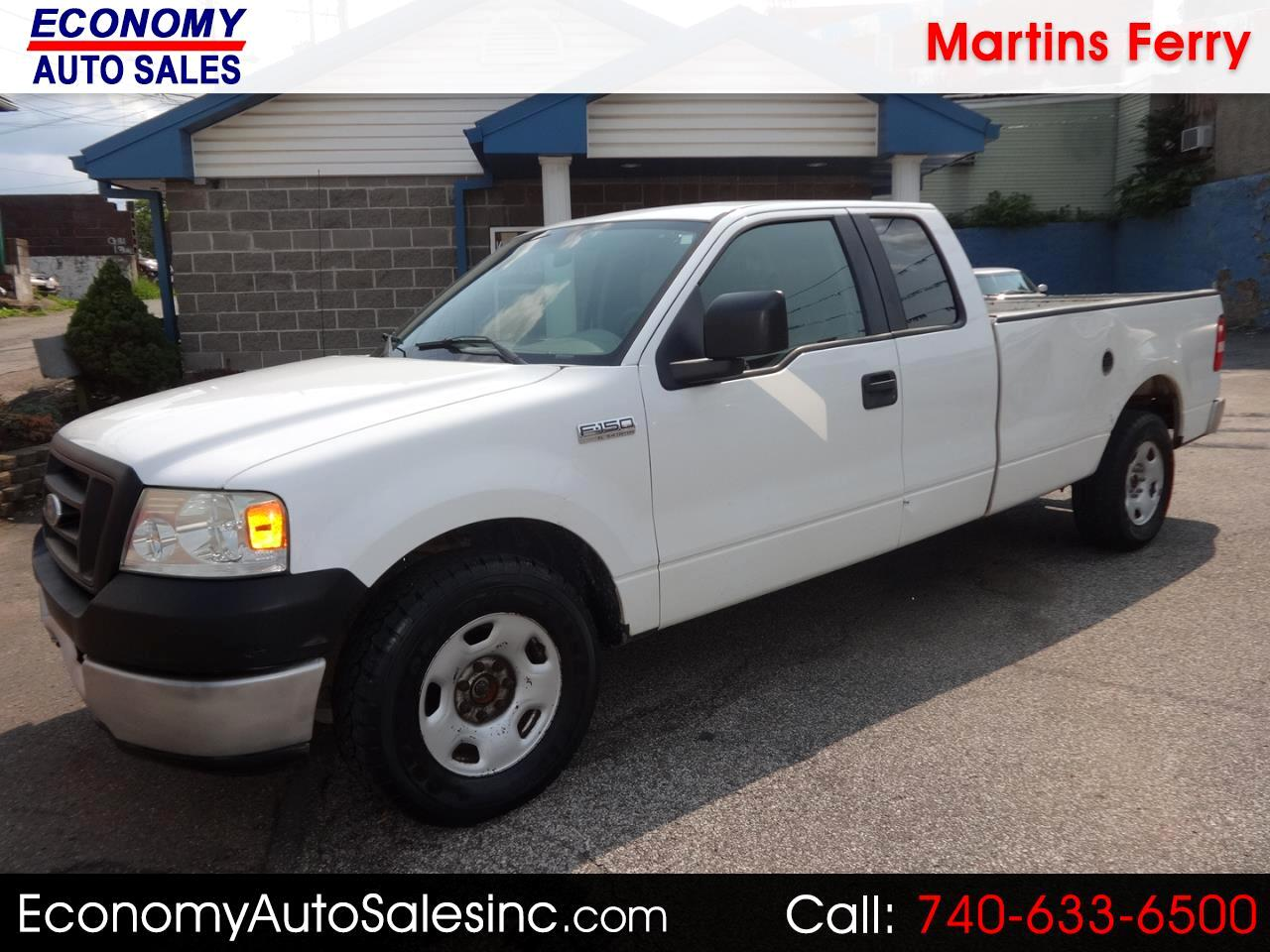 2005 Ford F-150 XL SuperCab Long Bed 2WD