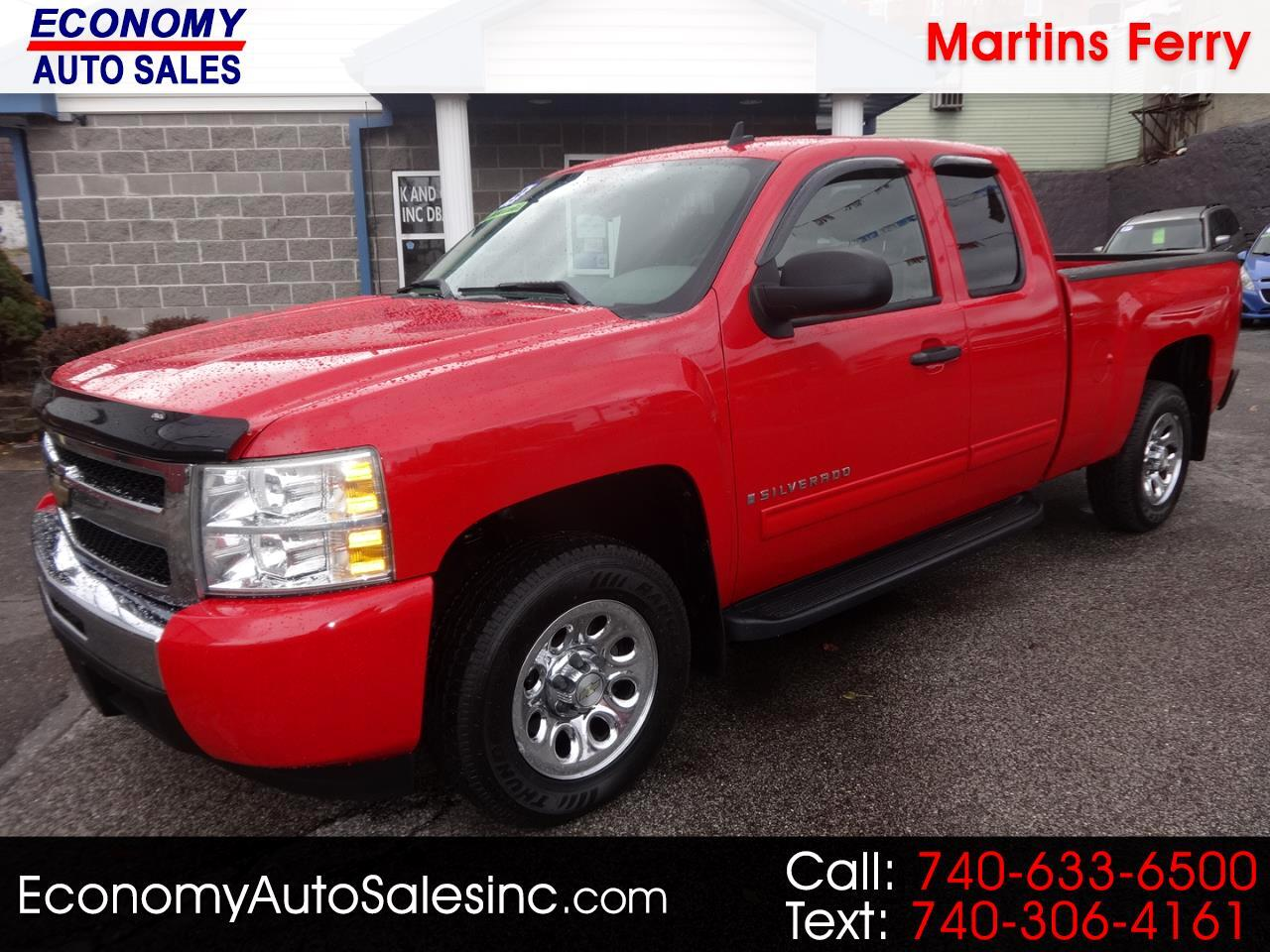 Chevrolet Silverado 1500 Work Truck Ext. Cab Std. Box 2WD 2009