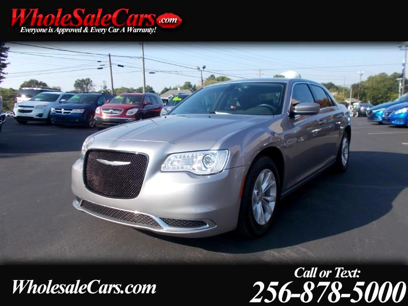 2015 Chrysler 300 4dr Sdn Limited RWD