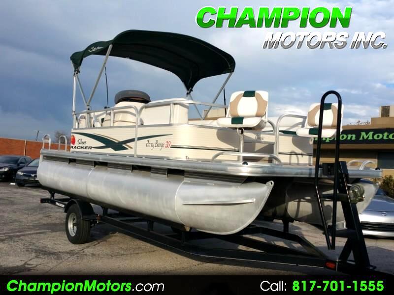 2010 Sun Tracker Pontoon Classic Party Barge 20 Pontoon
