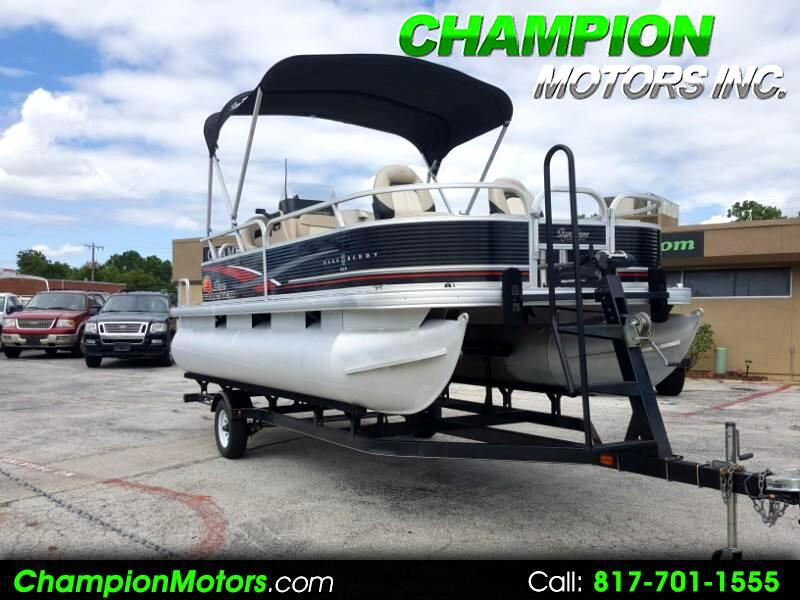 2013 Sun Tracker Bass Buggy 18 DLX Pontoon