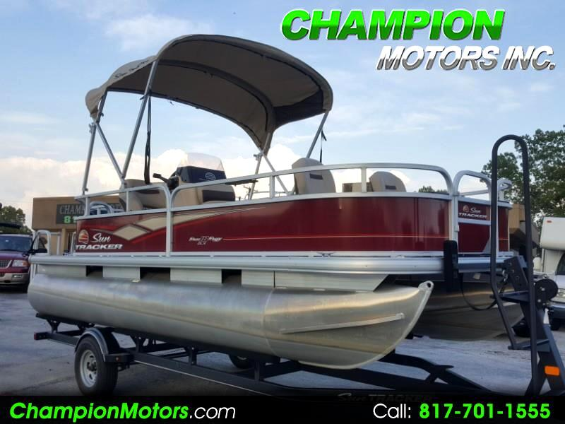 2018 Sun Tracker Bass Buggy 18DLX Pontoon Boat