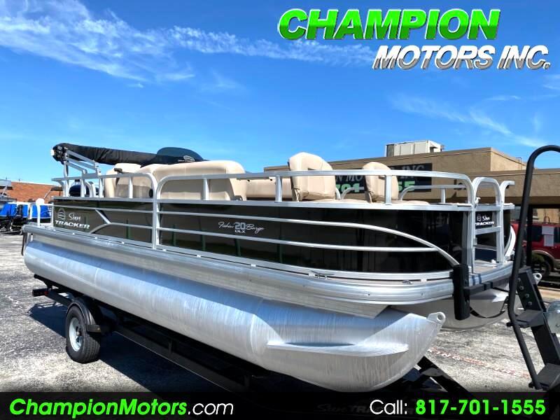 Sun Tracker Fishin Barge  2017