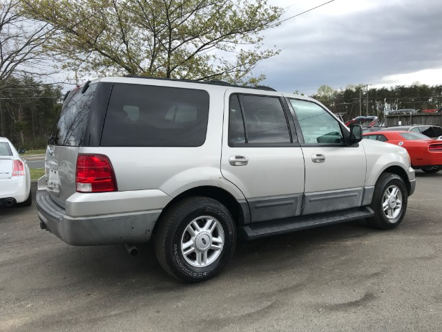 2004 Ford Expedition XLT 4WD