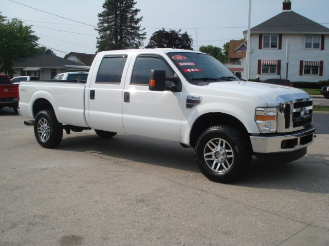 2008 Ford F-350 SD XL Crew Cab 4WD