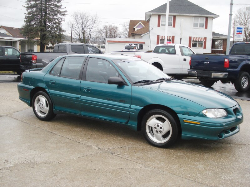 1996 Pontiac Grand Am GT sedan
