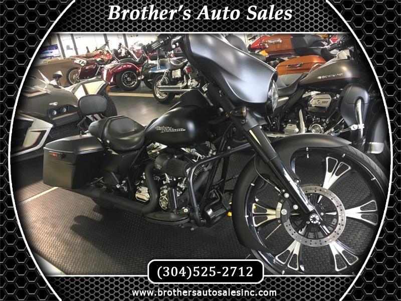 Harley-Davidson FLHXI  2016