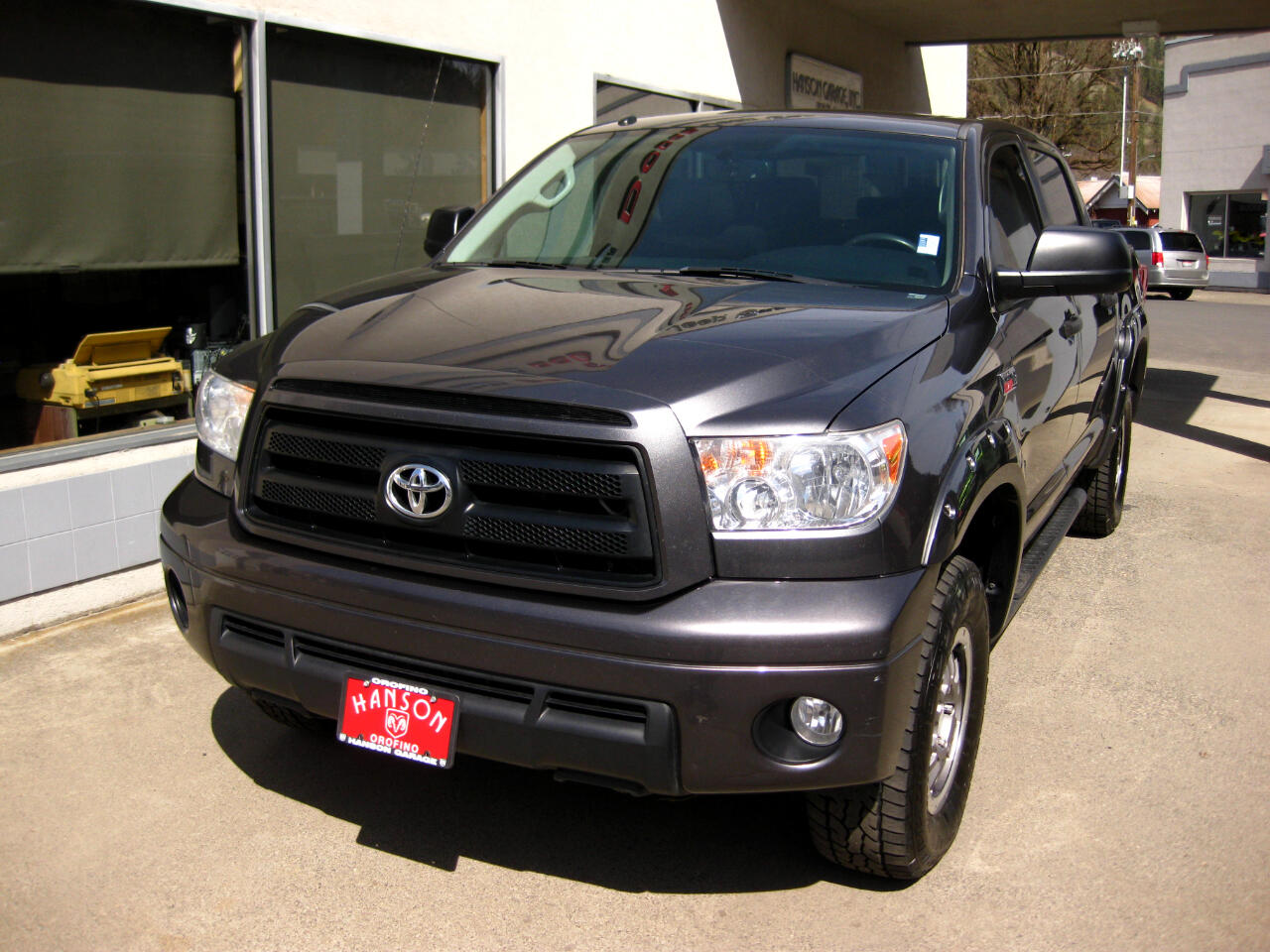 2013 Toyota Tundra 4WD Truck CrewMax 5.7L V8 6-Spd AT (Natl)