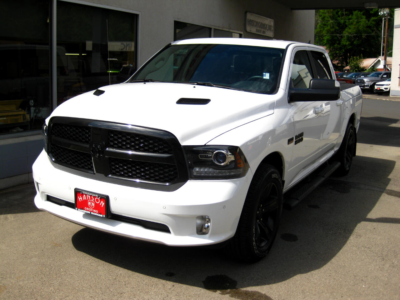 "2018 RAM 1500 Night 4x4 Crew Cab 5'7"" Box *Ltd Avail*"