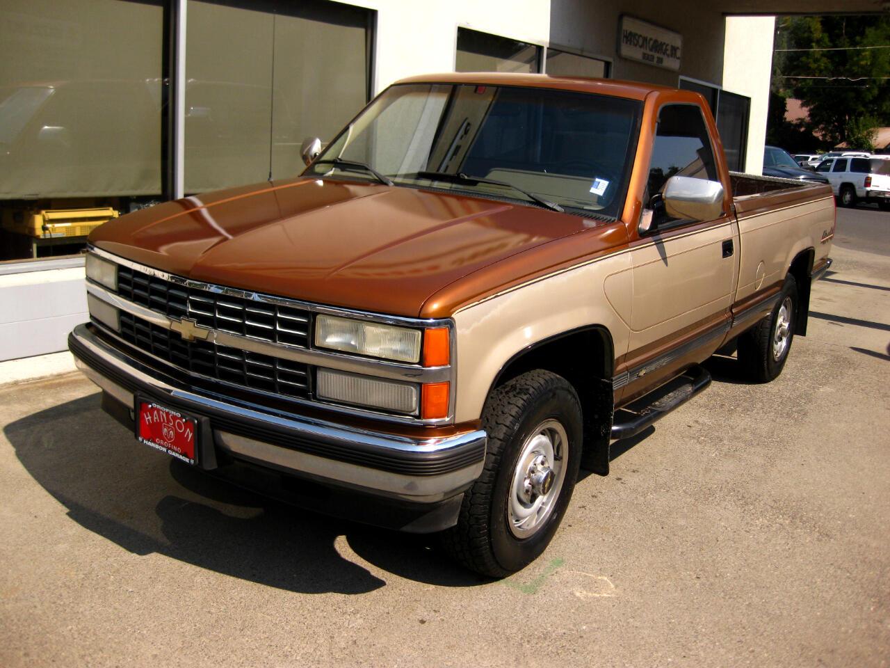 1990 Chevrolet 2500 Pickups HD Reg Cab 131.5