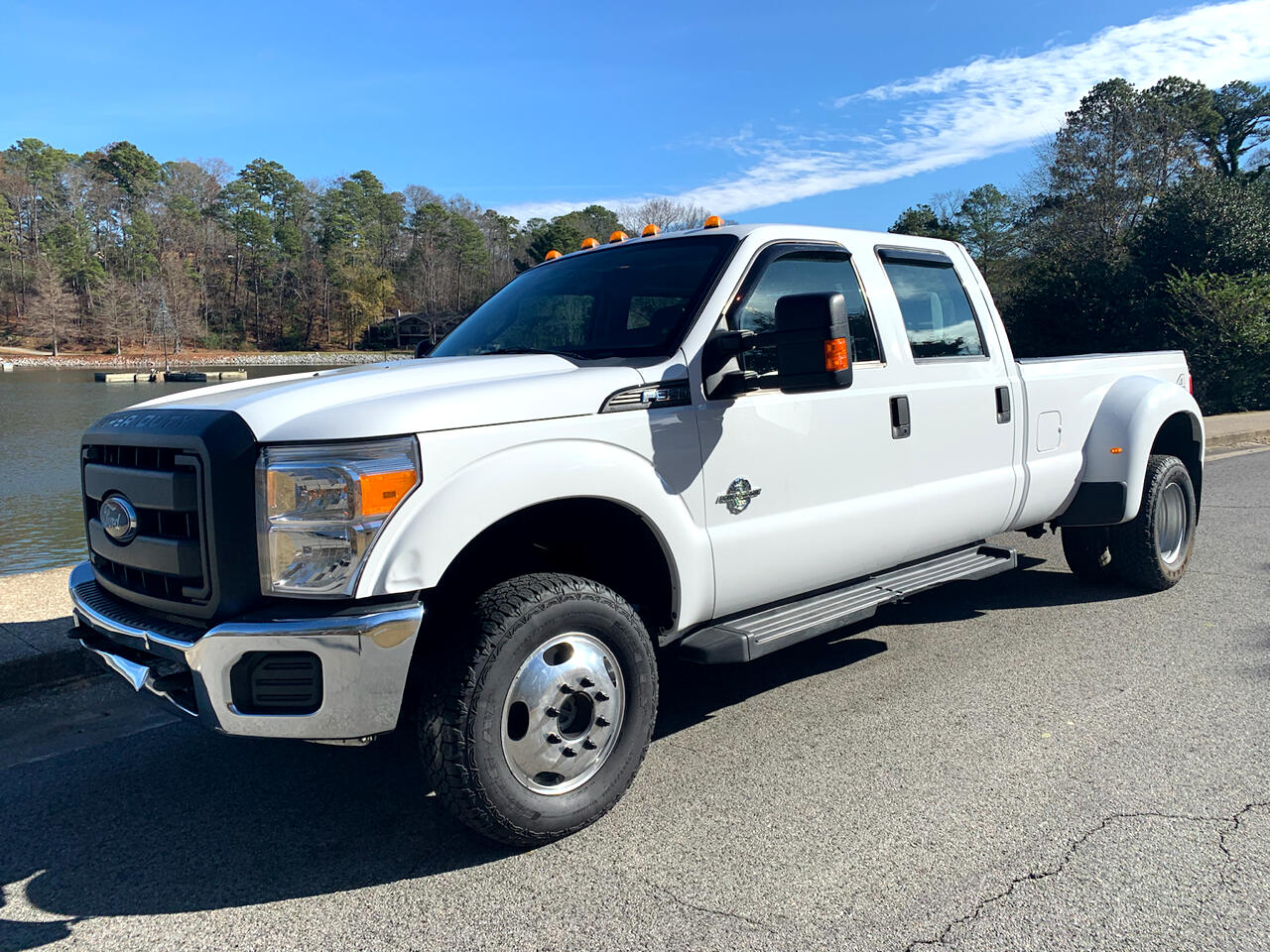 Ford F-350 SD XL Crew Cab Long Bed DRW 4WD 2015